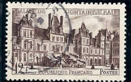 - A .1951 - OBL  -Y.T. N° 878 - CHATEAU DE FONTAINEBLEAU  - - France