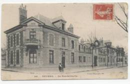 NEVERS    /  54      GENDARMERIE      CPA 9X14 - Nevers