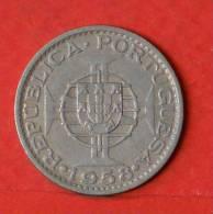 TIMOR  60  CENTAVOS  1958   KM# 12  -    (1126) - Timor