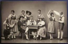 1932 CPA Photo Originale AUTRICHE Innsbrück EUROPA HOTEL Groupe MUSIKANT Musiciens Danse Folklorique - Sin Clasificación