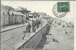 BASSE NORMANDIE - 14 - CALVADOS - LUC SUR MER - Perspective De La Digue - Animation - Luc Sur Mer