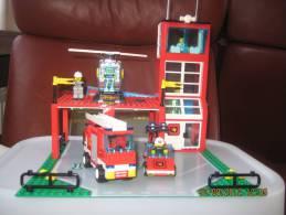 Lego 6571 Caserne Sapeurs-Pompiers avec plan 100 % complet