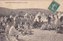 Camp De Carpiagne 13 - La Soupe - Repas & Tentes - Armée De Terre - !!! Faible Trace De Pli - Manoeuvres