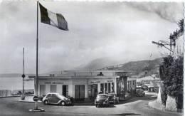 MENTON Poste Frontière  Vieilles Voitures Passage Du Film Le Corniaud - Menton