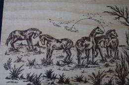 Carte Postale En Bois Création Artisanale Chevaux étalons Poulains Sauvages Dans  La Nature Signé:THIRY - Cavalli
