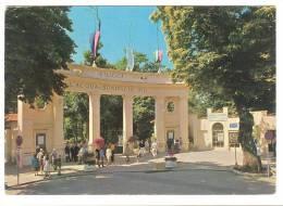 G1267 Fiuggi Fonte (Frosinone) - Fonte Bonifacio VIII - Ingresso Centrale / Viaggiata 1970 - Altre Città