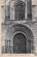 ETAMPES. Eglise Saint Basile. Le Portail. - Etampes