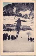 CPA N°8393.5 - BRIANCON 05 Hautes Alpes - Sports D´ Hiver - Un Saut En Ski Très Animé - Briancon