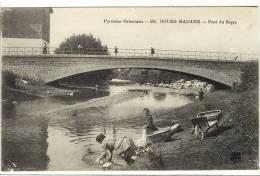 Carte Postale Ancienne Bourg Madame - Pont Du Segre - Métiers, Laveuses, Lavandières - Autres Communes