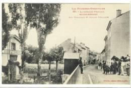 Carte Postale Ancienne Bourg Madame - Rue Principale Et Douane Française - Frontière, Douaniers - Autres Communes