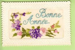 Carte Brodée  - Bonne Année - Fleurs Avec Belles Broderies - 2 Scans - Brodées