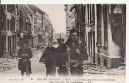 GUERRE 1914 16 MELLE 34 LA GRANDE RUE APRES LE BOMBARDEMENT (BELLE ANIMATION) - Weltkrieg 1914-18
