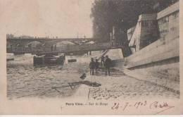 PARIS VECU ( Sur La Berge ) - France