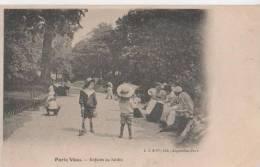 PARIS VECU ( Enfants Au Jardin ) - France