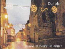 35_DOMALAIN, Bonne Et Heureuse Année, Photo Du Centre Du Bourg Avec Illuminations De Noël - Otros Municipios