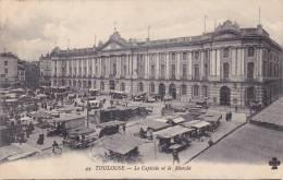 TOULOUSE 31, LE CAPITOLE ET LE MARCHE - Toulouse