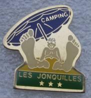 Pin´s Camping Les Jonquilles Fleur à La Tranche Sur Mer En Vendée. - Villes