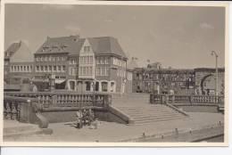 D049 / Emden -  Bootstreppe Am Rathausplatz / - Emden