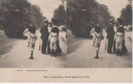 .PARIS ..(.boulevard St Michel) - Stereoscope Cards