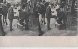 PARIS ( Cireur De Chaussures ) - Stereoscope Cards