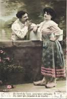 Au Bord De L´eau, Pourquoi Défendre Un Coeur Qui Consent à Se Rendre - Couple, Vue Colorisé - Couples