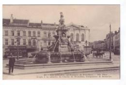 BRUXELLES  Fontaine De Brouckere Cafe Marnix Aux Caves De Maestricht - Monuments