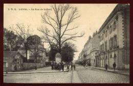 Cpa Du  53  Laval  La Rue De La Paix       HB12 - Laval