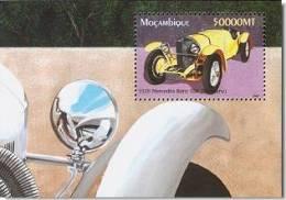 MOZAMBIQUE MOÇAMBIQUE SHEET SHEET AUTOS CLASSIC CARS KLASSIEKE AUTO´S CARROS CLÁSSICOS VOITURES CLASSIQUES AUTO - Auto's