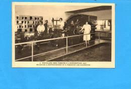Pavillon Des Tabacs à L'exposition 1937 - Machines à Confectionner Et à Paqueter Les Cigarettes N°4 - Expositions