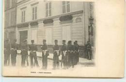 PARIS  - Fort Chabrol, Un Cordon De Police. - Arrondissement: 10
