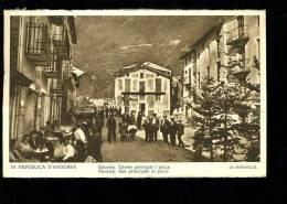 P 2012 11 11 Andorre . La Maravilla N° 19, Encamp Rue Principale Et Place - Andorra