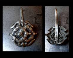 Ancienne Boucle De Vêtement De Chasseur / Guerrier Bai  /  Old Chinese Bai Warrior / Hunter Silver Buckle - Ethnics