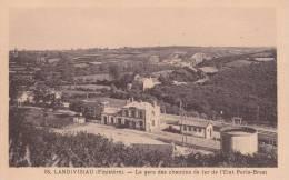 CPA 29  LANDIVISIAU, La Gare De L'ETAT ,Paris-Brest. - Landivisiau
