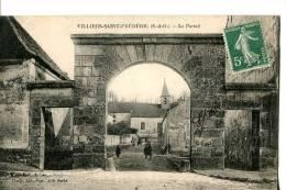 VILLIERS-SAINT-FRÉDÉRIC  -  LE PORTAIL - France