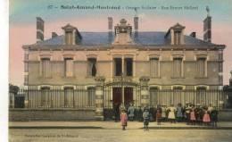CPA (18) SAINT AMAND MONTROND   Groupe Scolaire Rue Ernest Maillard - Saint-Amand-Montrond