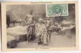 D10211  -  Afrique Occidentale Française - DAHOMEY -  Un Phénomène - *ELEPHANTUS* - Dahomey