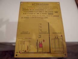 Palque En Metal CABLE DE LIAISON MOYENNE TESION ATTENTION - Plaques En Tôle (après 1960)