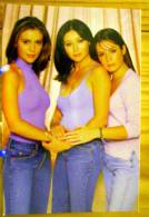 LES JOLIES PIN UP DE LA SERIE CHARMED IMAGE PANINI N° 8 PIPER PHOEBE PAGE - Charmed