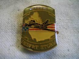 Pin´s Dd L'avion Militaire Américain F-117. Desert Storm - Army