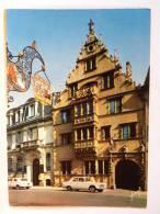 CP 68 Haut Rhin - COLMAR - Maison Des Têtes - Voiture Peugeot 403 404 - - Colmar