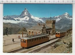 GGB ° Gornergratbahn - Station Gornergrat - Mit Matterhorn Und Dent Blanche/ Avec Cervin Et Dent Blanche - Stations With Trains