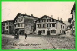 -11- ESPELETTE- Place De La Liberté,Vue Du Mont Darrain,à Droite. (recto Verso) - France