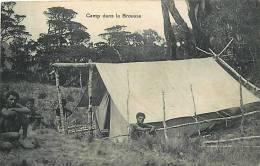 Oceanie- Ref 59- Papouasie Nouvelle Guinée - Camp Dans La Brousse    -carte Bon Etat - - Papua Nuova Guinea