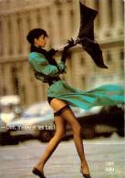 CPM N°PU 379 - Collection DIM - CARTE PUBSTALE - Photographe Chico Bialas - Mannequin Meg - Publicité