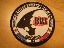 ECUSSON POLICE - BRI BAYONNE 64 DCPJ  AVEC VELCRO - POLICE JUDICIAIRE - Police & Gendarmerie