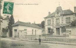 Cpa, Villette, La Mairie Et L'ecole, Animée - Otros Municipios