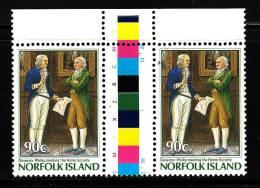 Norfolk Island MNH Scott #394 Gutter Pair 90c Phillip Meeting Home Society - Commission Of Governor Phillip 200th Ann - Ile Norfolk