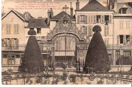 Troyes -1913- Hôtel Dieu-le-Comte (1702-1755)-La Grille Dorée En Fer Forgé De Pierre Delphin-Serrurier Parisien - Troyes