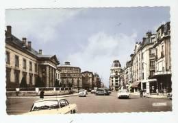 CSM : 51 - Marne : Reims : Rue De Vesle - Le Palais De Justice Et Le Théatre : Voitures ( Légèrement Colorisée ) - Reims