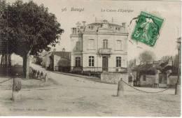CPA BAUGE (Maine Et Loire) - La Caisse D'Epargne - Andere Gemeenten